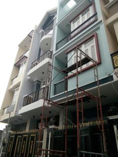 Nhà 4x14m, 3 lầu, ngay khu dân cư vườn cau, hiệp bình phước