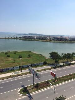 Căn hộ khách sạn greenbay đẹp nhất hạ long 100% view vịnh