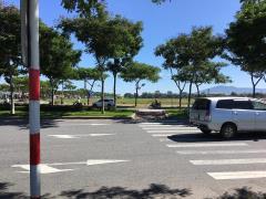 Bán đất đường hoàng thị loan,cách biển 700m,15tr/m2