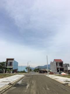Đất chính chủ đường 7,5m dt 118m2 giá chỉ 806 triệu
