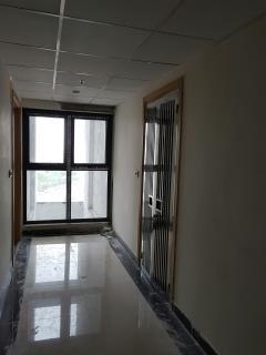 Căn hộ 3 phòng ngủ 77m2,nội thất đầy đủ,vào ở ngay vincomlb