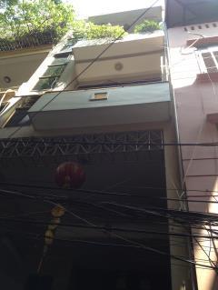 Bán nhà chia lô phố nguyễn khang, 66mx 5 tầng sđcc