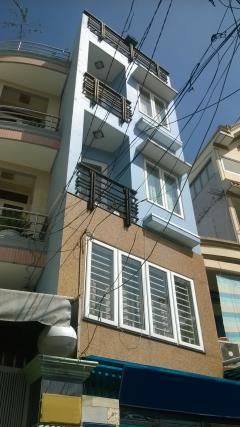 Cho thuê nhà hẻm rộng 4m cống quỳnh, quận 1: 3.3mx13.5m, 3l