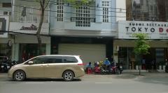 Cho thuê mặt bằng nhà mặt tiền võ văn tần, quận 3: 6.7mx17m.