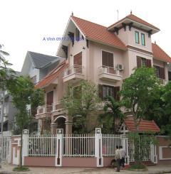 Cho thuê nhà dt 200m2 4 tầng,dương nội,hà đông, làm kho văn