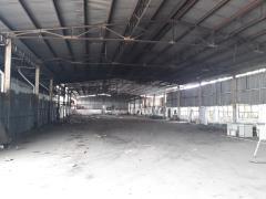 Cho thuê nhà xưởng 1.100m2 , đường lê văn lương, quận 7