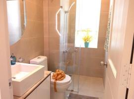 Phòng tắm căn hộ Luxcity