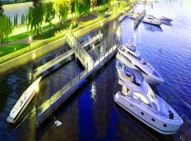 Bến du thuyền tại dự án Blue Riverside