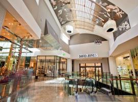 Trung tâm thương mại tại dự án Marina Riverside