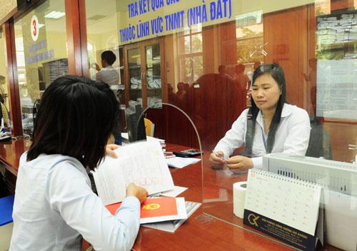 Hà Nội: Chỉ đạo giải quyết vướng mắc về thu hồi sổ đỏ