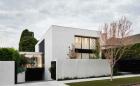 Thiết kế nhà đẹp giữa vườn cây xanh