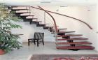 Thiết kế cầu thang hợp phong thủy giúp gia đình tụ khí