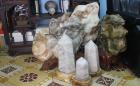Những điều cần biết khi dùng đá phong thủy trang trí phòng khách