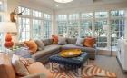 Mách bạn cách trang trí nhà mùa thu ấm áp với hai màu cam, xám